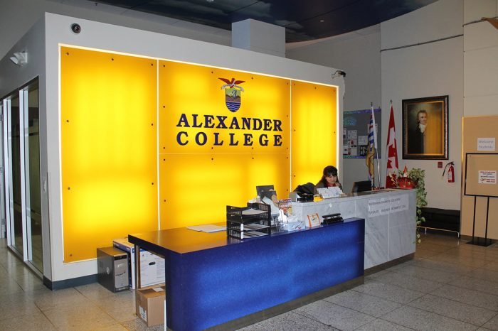 czechus_studuj_v_kanade_alexander_college6