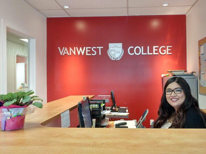 czechus_studuj_v_kanade_vanwest_college2