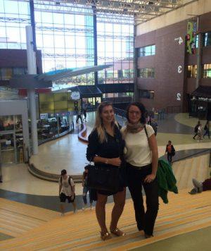 koordinátorky Magda s Martinou v hale