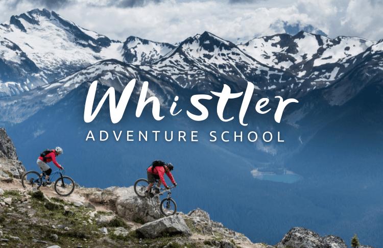 cykliste na horách v Kanadě